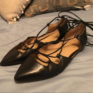 Banana Republic lace up flats